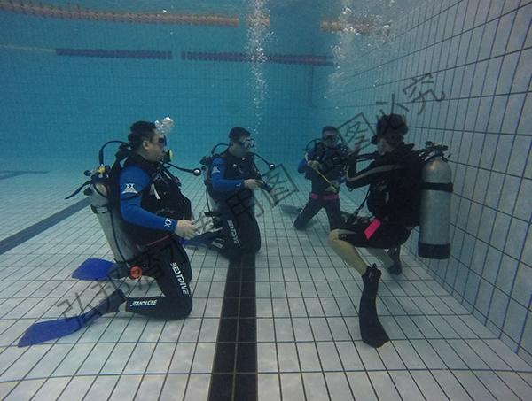 平静水域训练