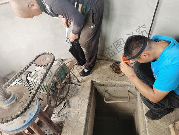 抚顺某一水库进行闸门修理